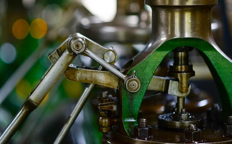Robot Warehousing: The warehouse evolution