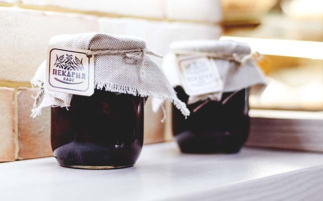 Reusing candle jars - store jam