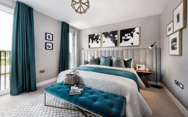 Athena, Cambridge bedroom