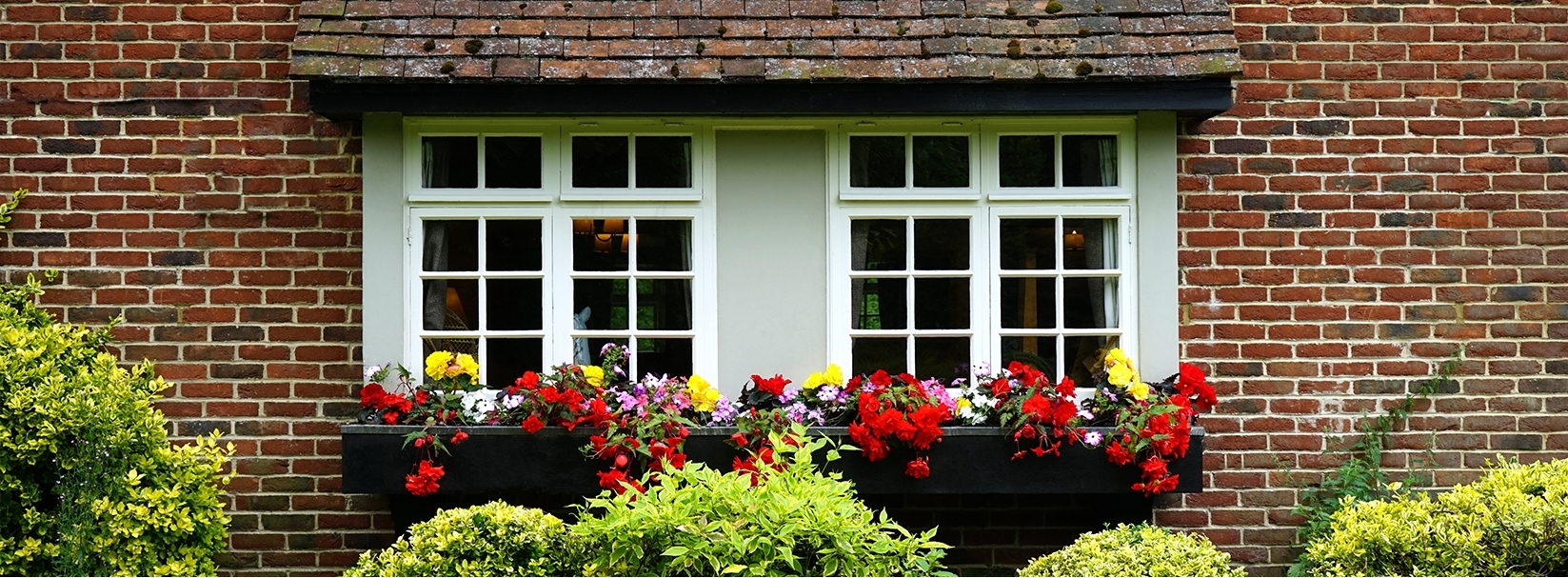 Top tips for selling your home: spring edition